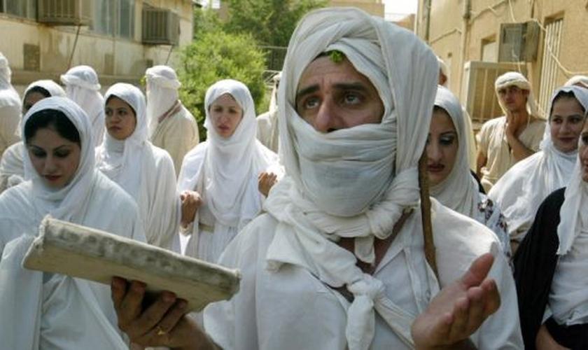 EI está tentando eliminar os últimos oradores cristãos do aramaico. (Reuters)