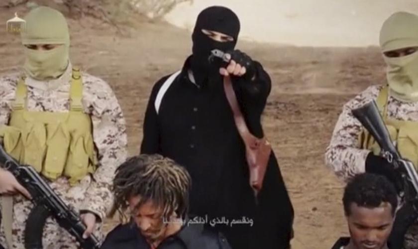 Em um novo vídeo, publicado no último domingo (19), o Estado Islâmico exibiu a execução de 28 cristãos etíopes.