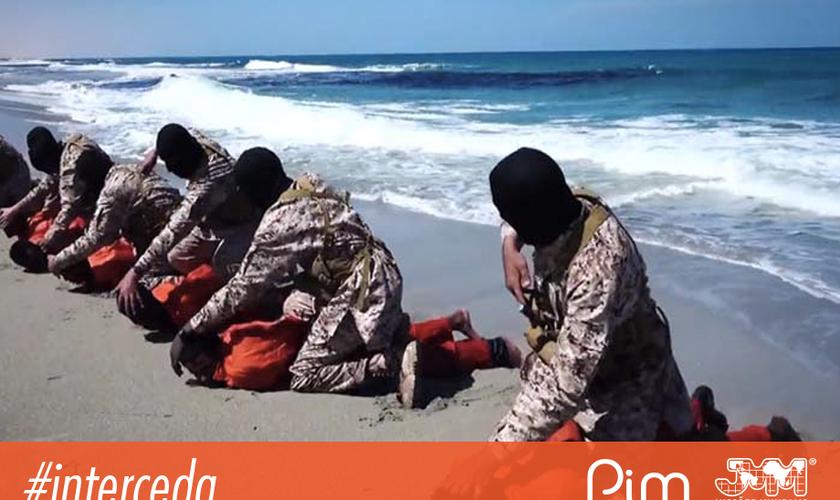Estado Islâmico executando cristãos etíopes