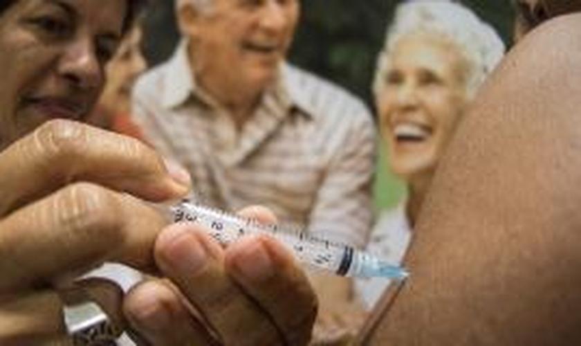 Campanha de vacinação contra gripe começa hoje