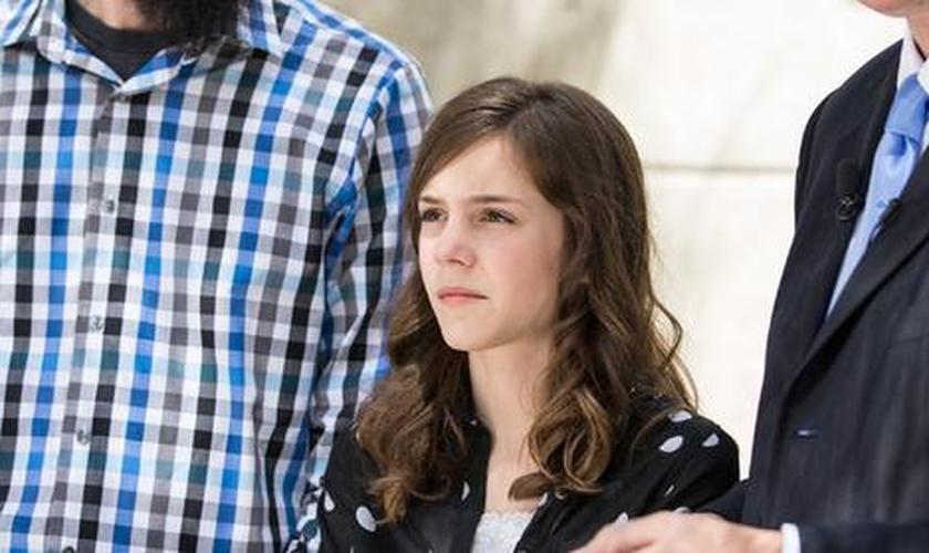 Mackenzie Fraiser foi impedida por sua professora de citar a Bíblia em um trabalho de escola.