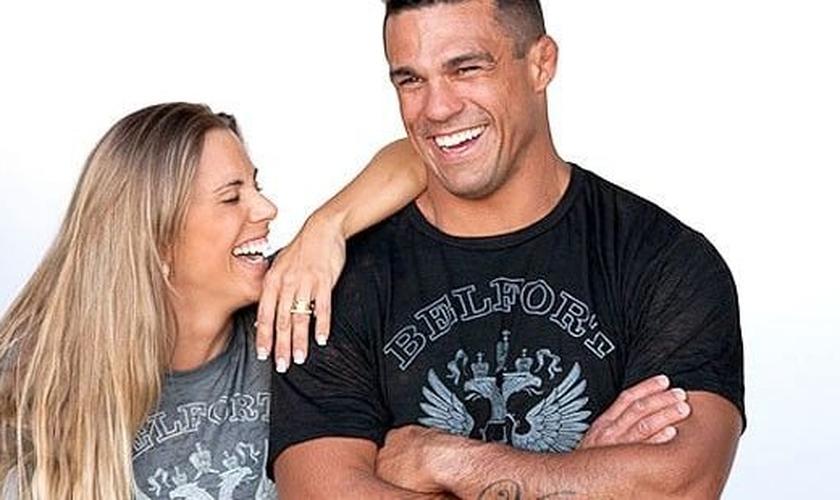 O lutador faz questão de conviver com pessoas de extrema importância para ele.