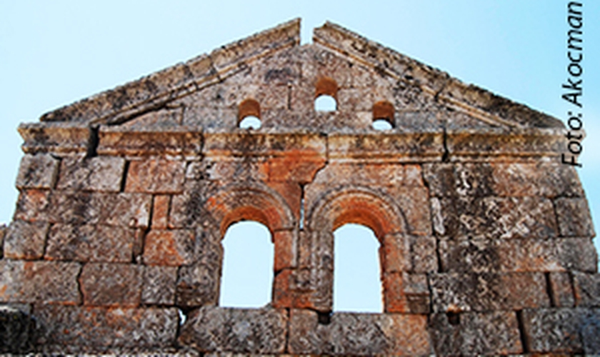 Igreja destruída na Síria