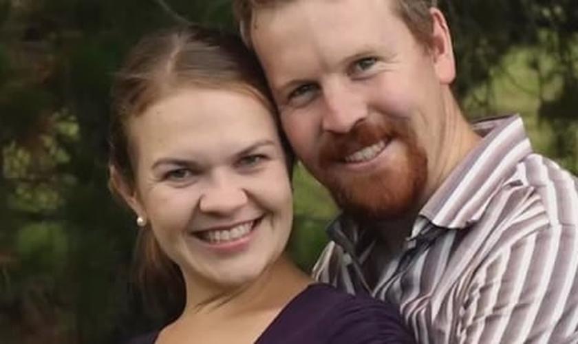 Nick e Sarah Jensen prometeram se divorciar como forma de protesto, caso o casamento gay seja oficializado.