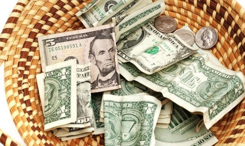 Os americanos deram 114,9 bilhões de dólares a grupos religiosos no ano passado.