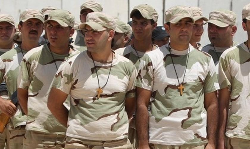 Cristãos treinados no Iraque