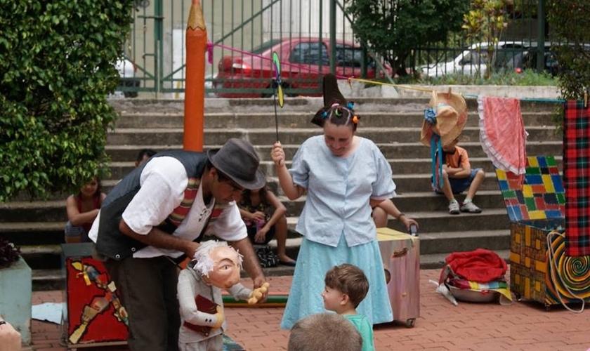 Programação de teatro gratuita em parques de São Paulo