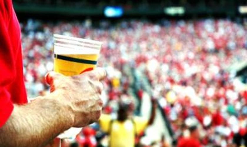 Bebida alcoólica no estádio