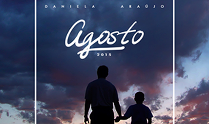 Agosto _ Daniela Araújo