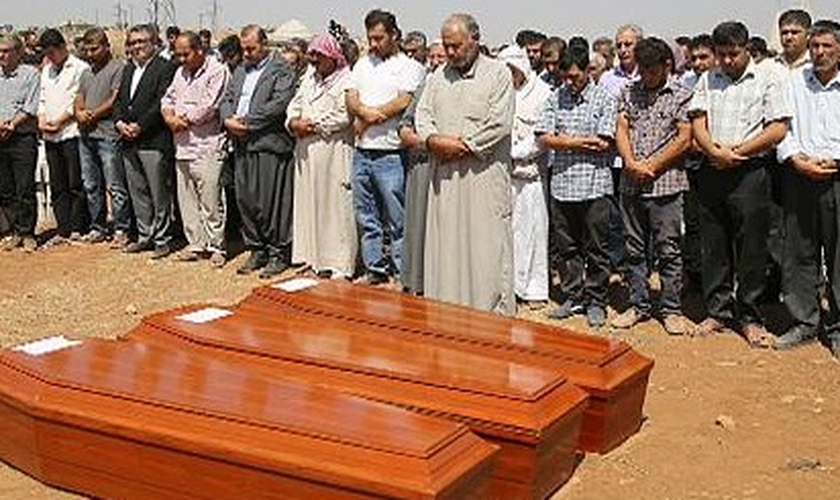 Enterro de Aylan, o garoto sírio