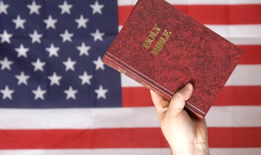 Dentre os evangélicos, 59% acredita que os EUA não é mais um país cristão. (Foto: Reprodução/Lloyd Stebbins)