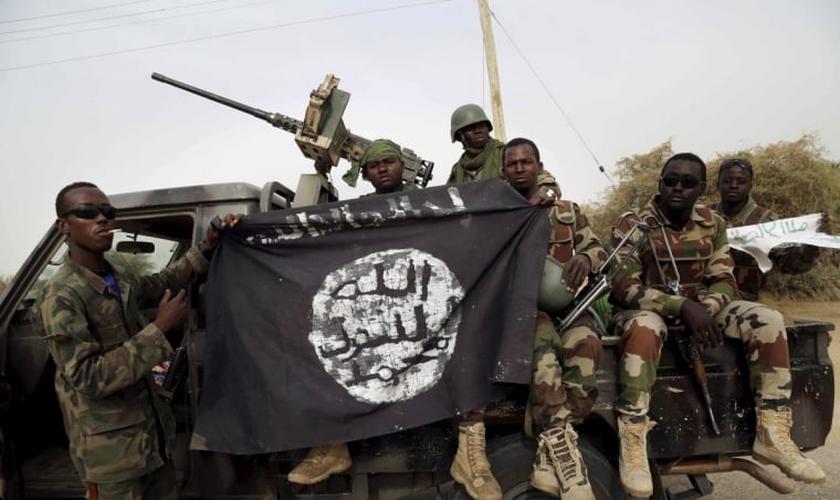 Soldados do exército nigeriano (Foto: Reuters)