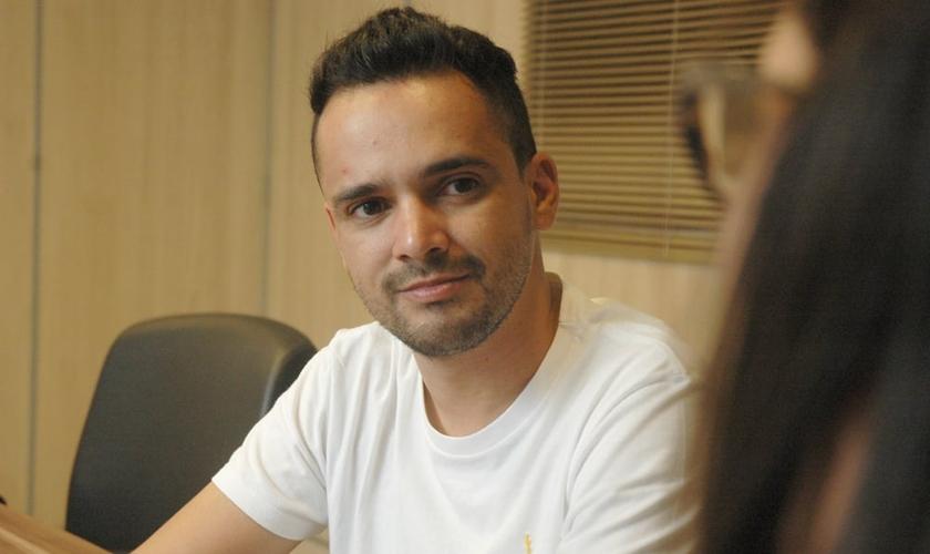Léo Fonseca durante entrevista exclusiva ao Guiame. (Foto: Guiame/ Marcos Paulo Corrêa)