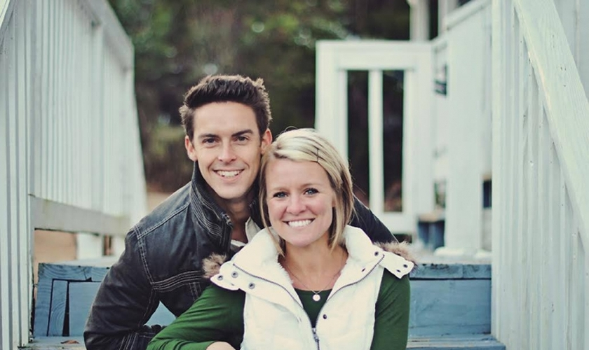 Pastor Davey Blackburn e sua esposa, Amanda. (Foto: Facebook)