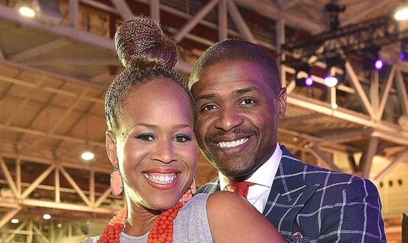 Cantora gospel norte-americana Tina Campbell e Teddy Campbell, seu marido. (Foto: Eurweb)
