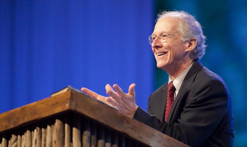 John Piper é pastor, escritor e chanceler do Seminário Bethlehem, de Minnesota (EUA). (Foto: Desiring God)