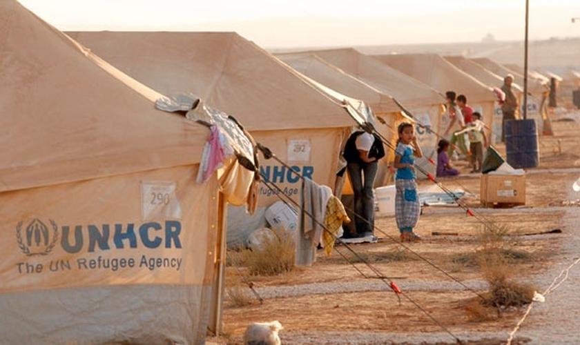Além disso, meninas estão sendo raptadas para serem vendidas ou usadas como escravas sexuais. (Foto: EFE)