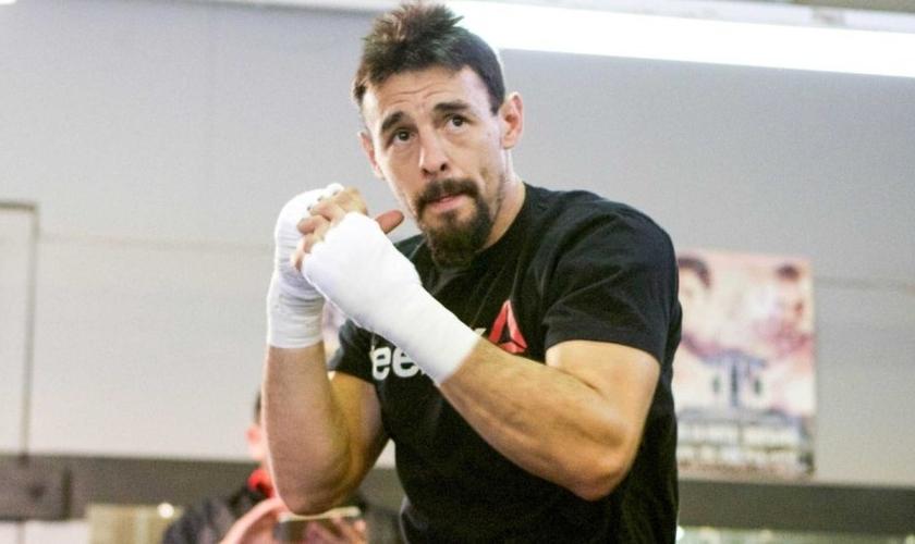 Robert Guerrero tem 32 anos e afirma que os atletas cristãos precisam assumir publicamente sua fé (Foto: Brett Ostroski / Premiere Boxing Champions)
