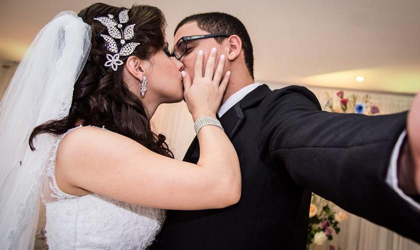 Isa Cavalcante Martins e Yago Martins se casaram jovens. (Foto: Acervo Pessoal)