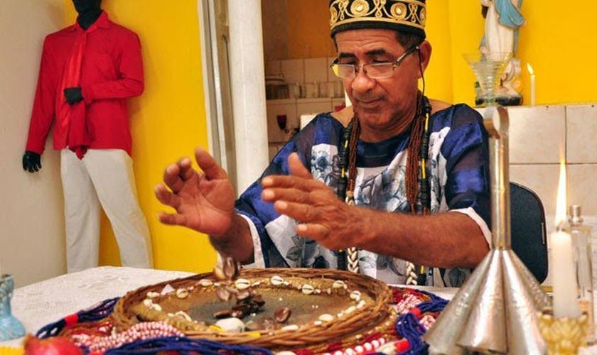 Carlos relata ter sido contratado pelo presidente do partido em Recife, Oscar Paes Barreto. (Foto: Divulgação)