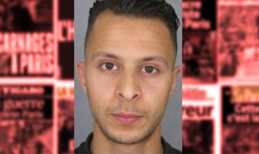 Salah Abdeslam é o principal suspeito dos ataques terroristas em Paris e estava foragido desde novembro de 2015. (Imagem: Reprodução / Zeenews)