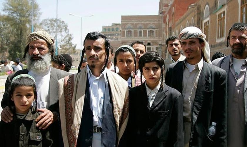Os recém-chegados deixaram para trás um cenário de intensa guerra civil no Iêmen. (Foto: Reprodução).