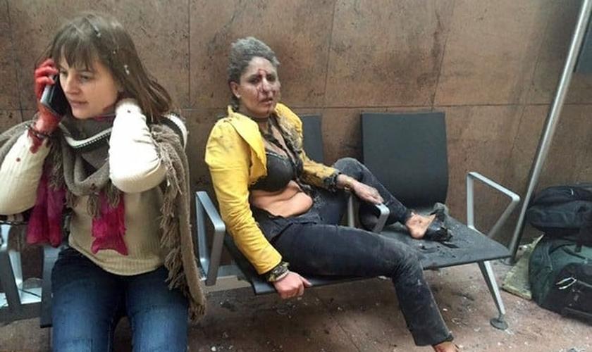 Explosões no aeroporto de Bruxelas deixaram dezenas de mortos e feridos. (Foto: Ketevan Kardava/ Georgian Public Broadcaster/AP)