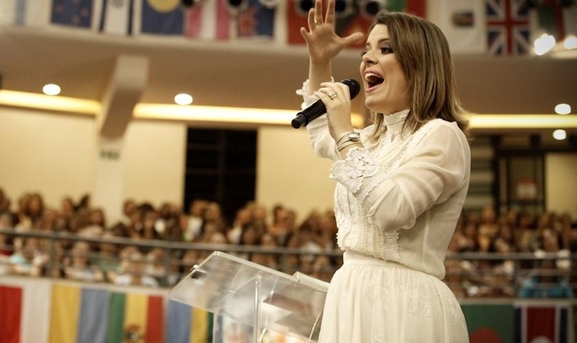 Além de Ana Paula Valadão e o ministério Diante do Trono, outros ministros de louvor estão inseridos na programação. (Foto: Lagoinha/Jean Assis).