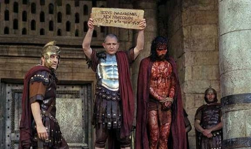 """Graham diz que """"a única resposta lógica é que Pilatos era uma pessoa moralmente fraca, e em vez de optar pela verdade, ele estava preocupado apenas consigo mesmo e com o seu futuro"""". (Imagem: Reprodução / Youtube)"""