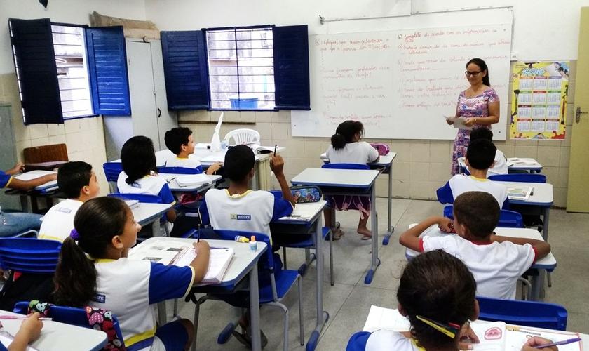 Os vereadores que estão à frente dessa missão contra os livros são Luiz Eustáquio (Rede) e Carlos Gueiros (PSB). (Foto: Agência Globo).