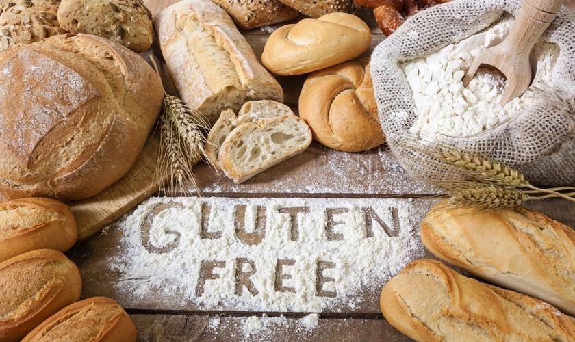 A ideia de que o glúten é responsável pelo ganho de peso tem se popularizado nos últimos tempos e virou moda entre algumas celebridades. (Foto: Shutterstock)