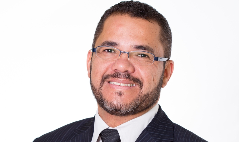 Claudemiro Ferreira é pesquisador, escritor e palestrante. (Foto: Facebook).