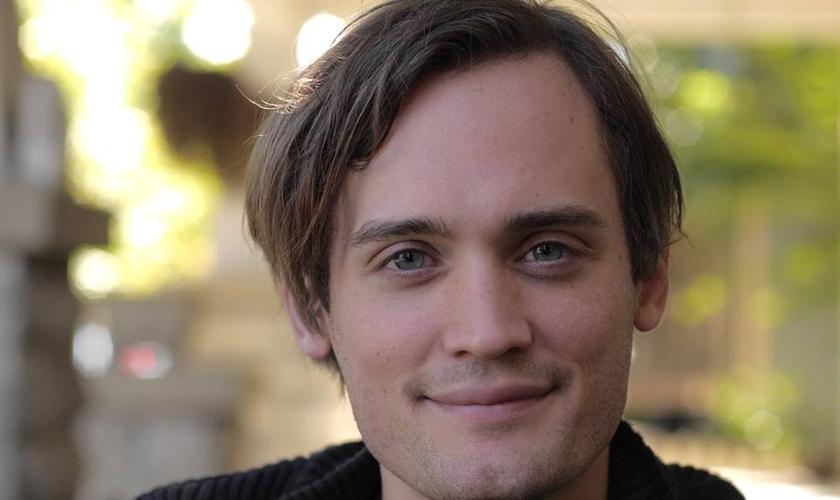 Nascido no Tennessee, Tyler sustentou que ele acredita em anjos. (Foto: Reprodução).
