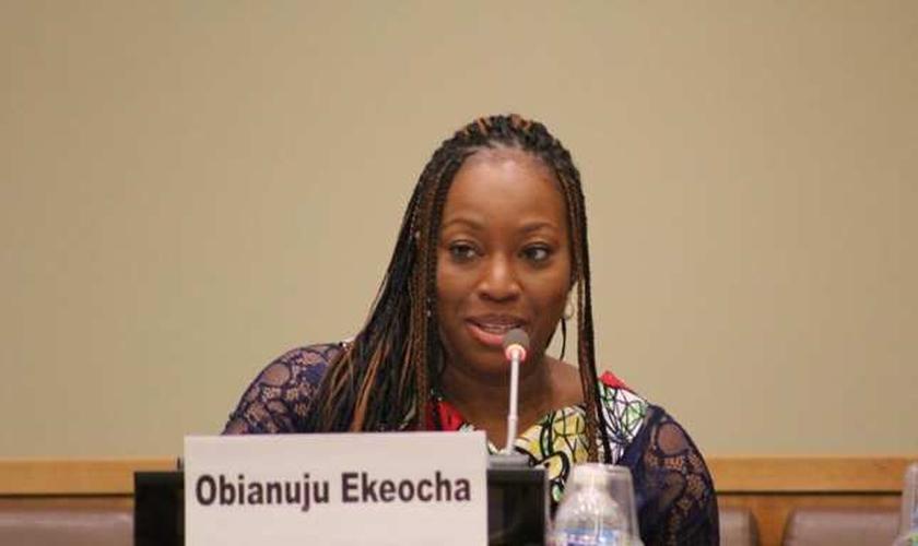 Obianuju Ekeocha é militante pró-vida e ajuda mulheres grávidas, mães solteiras, vítimas de estupros a terem uma opção além do aborto e do ostracismo em seu país. (Imagem: Youtube / Reproduçã)