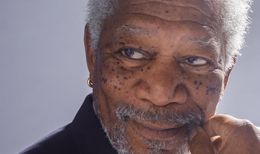 """""""Os crentes dizem que milagres são a prova do divino"""", Freeman diz. (Foto: National Geographic)."""