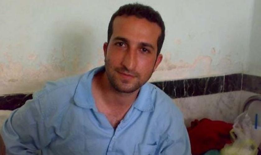 Após enfrentar e ser absolvido de uma pena de morte, Pastor Yousef Nadarkhani foi preso novamente no Irã. (Foto: Fox News)