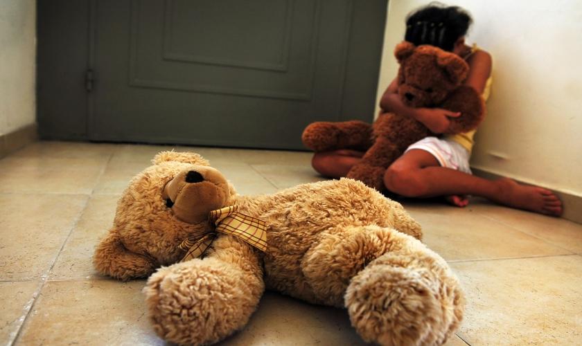 Mais 5,4 milhões de brasileiros acima de 18 anos foram vítimas de abuso sexual da infância. (Foto: Reprodução).