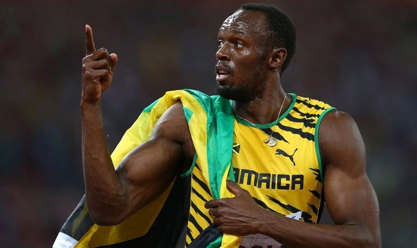 Um dos atletas é Usain Bolt, o velocista jamaicano, considerado atualmente o homem mais rápido do mundo. (Foto: Reprodução).