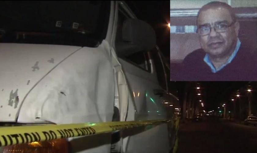 O furgão do pastor Leon teve sua porta arrancada após ser atingido pelo carro que o atropelou. (Foto: ABC)