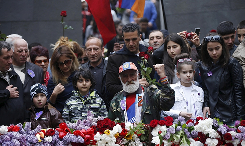 Armênios relembram massacre de 1,5 milhão durante a 1ª Guerra Mundial. (Foto: Reuters)