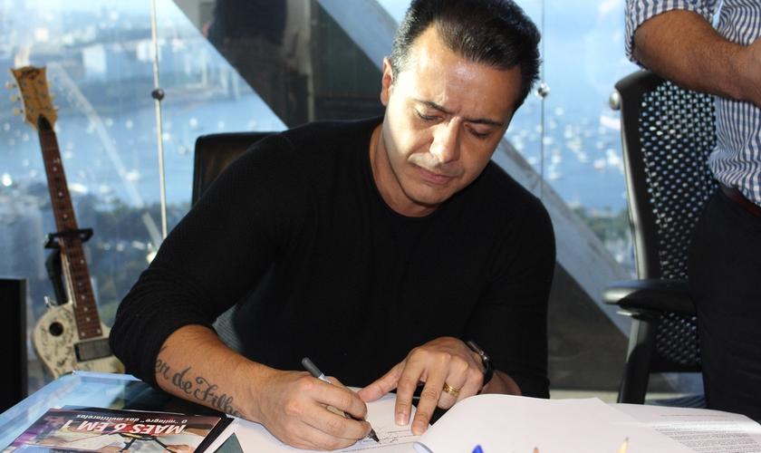 De acordo com Marcelo, chegou o tempo de lançar novas canções. (Foto: Divulgação).