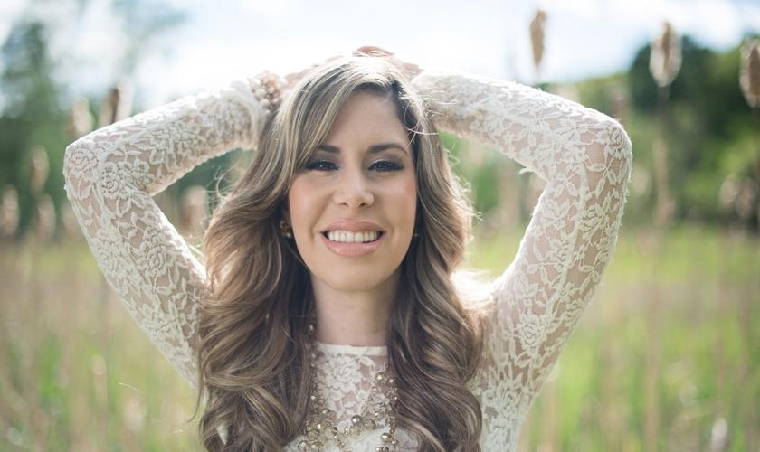 """A cantora falou da expectativa com o lançamento de """"Novo Céu"""", seu álbum inédito. (Foto: Universal Music Christian Group)."""