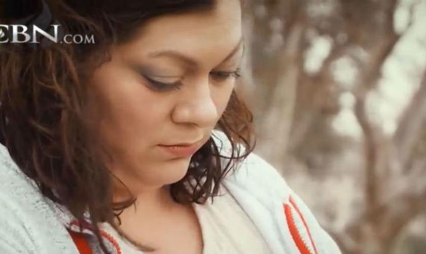 Michelle Salti é sobrevivente do ataque terrorista em San Bernardino. (Imagem: CBN)