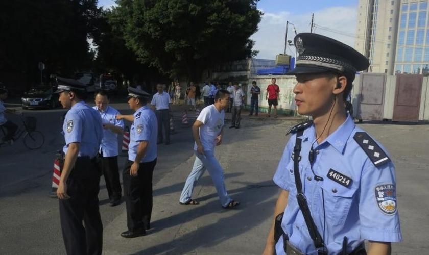 Li Hongmin foi detido por funcionários do governo no dia 6 de junho, em Guangzhou, de acordo com a missão internacional China Aid. (Foto: Reuters)