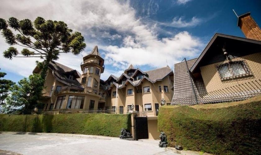 Interditado nesta quinta-feira, o Castelo receberia 200 alunos para evento inspirado no filme Harry Potter. (Foto: Reprodução/Escola de Magia e Bruxaria)