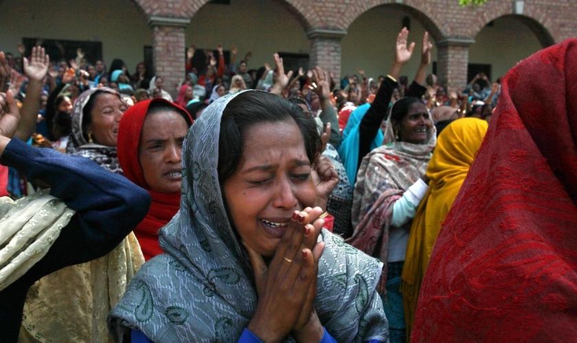A violência contra os cristãos continua a ser frequente no Paquistão e às vezes os ataques são cometidos por membros de sua própria família. (Foto: Reuters)