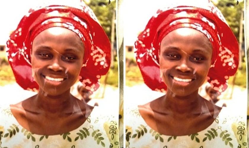 Eunice, que era pastora da igreja Redeemed Christian Church, foi encontrada com a cabeça apoiada sobre a Bíblia que costumava usar nas pregações. (Foto: Reprodução/Vanguard)