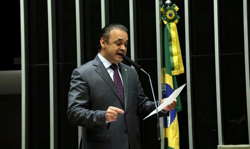 Roberto de Lucena é pastor da Igreja O Brasil para Cristo, deputado federal pelo PV / SP e integrante da Frente Parlamentar Evangélica. (Foto: Antônio Barbosa / CD)