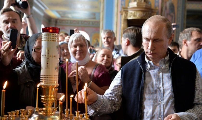 """O ato tem sido classificado como """"um dos movimentos mais restritivos da história pós-soviética"""". (Foto: Reuters)."""