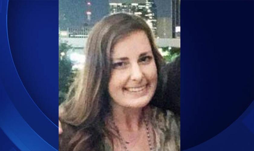 Kristen Crouch, disse em uma entrevista para uma TV de Dallas que ela confundiu os tiros com os fogos. (Foto: Reprodução).